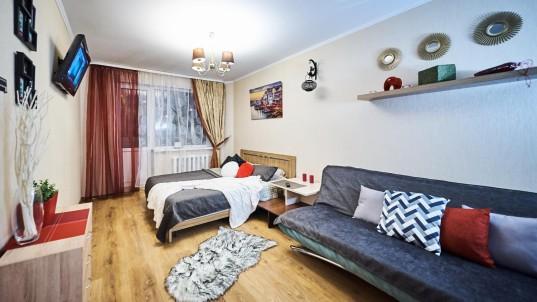 Квартира посуточно — Парниковая ул. 5, Минск